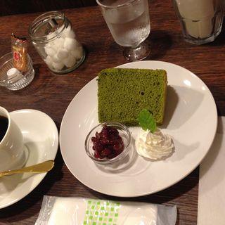 抹茶のシフォンケーキ(positive cafe)