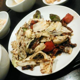 回鍋肉定食(中国小皿酒家 楽山 (チュウゴクコザラシュカラクザン))