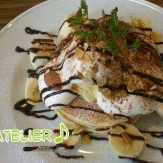 パンケーキ チョコバナナ(カフェダイニングアンドコンフォートアトリエ (CAFE DINING&COMFORT Atelier))