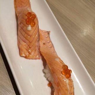 炙りサーモン(梅丘寿司の美登利総本店 銀座店 (うめがおかすしのみどりそうほんてん))
