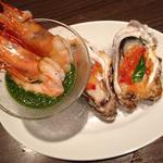 海老のカクテルシュリンプと牡蠣