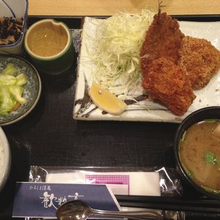 牡蠣・キス・イカフライ定食(ひろしま酒蔵 歓粋亭 )