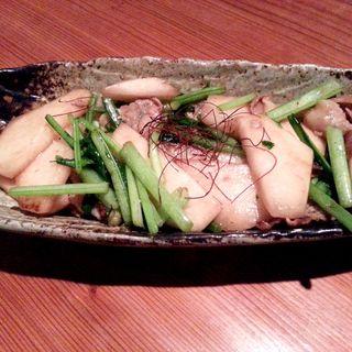 カブと豚バラのオイスター炒め(すず家 (すずや))