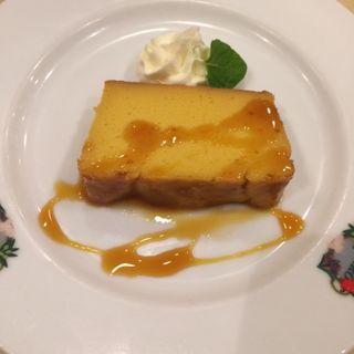 かぼちゃのケーキ(スペイン料理銀座エスペロ みゆき通り店)