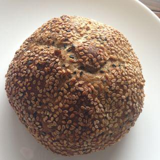 ごまパン(焼ジビエ 罠 神田 )