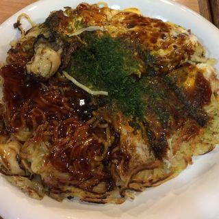 カキ入りそば肉玉子(みっちゃん総本店 八丁堀店 )