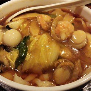 五目刀削麺(ランチメニュー)(餃子の郷 神田店 )
