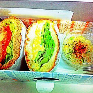 Lunch Box(エッグサラダサンド+照り焼きチキンサンド)(ファンゴー 三宿本店 (FUNGO))