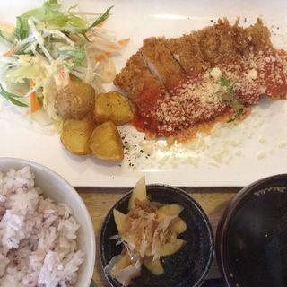 カツレツ定食(昼ごはん夜カフェ)