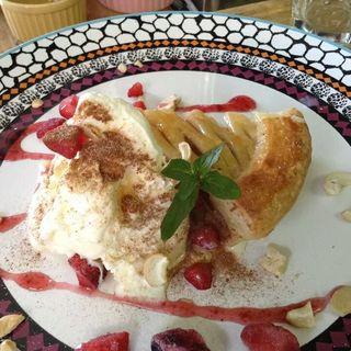 アップルパイ(昼ごはん夜カフェ)