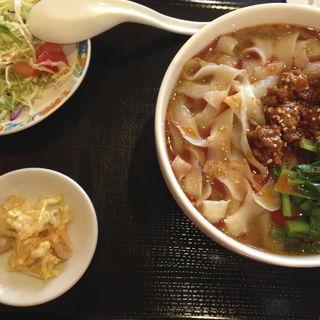 刀削麺(大連飯店)