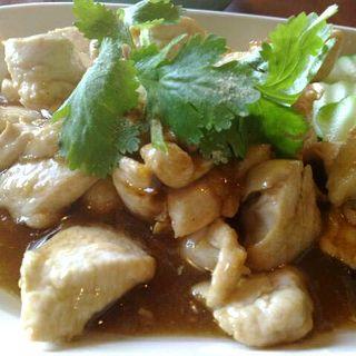 タイ風鶏の醤油炒め(THAI CAFE KATI (タイカフェ カティ))