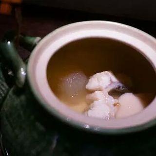 鰻の土瓶蒸し(ダイニングわいん)