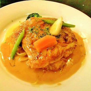 若鶏もも肉のフリカッ赤ワインビネガークリーム煮(KAZ (カズ))