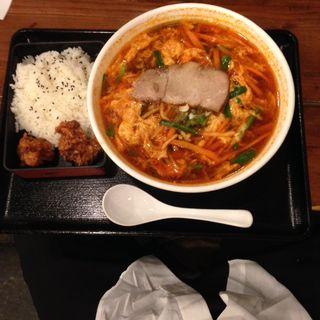 テグタン麺セット(広東酒家らくらく 江戸川橋 (カントンシュ カラクラク))