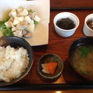 茹鶏と長イモ和えわさびあん(ランチ)(キレイになるための食卓)