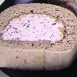黒豆ロールケーキ(西紀サービスエリア(上り線) )