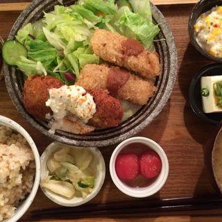 おからあげプレート(チリマヨor塩)(ムモクテキカフェ (mumokuteki cafe))