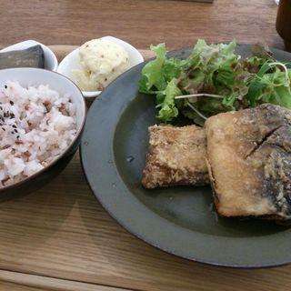 日替り主菜ランチ(サバ竜田揚げ)(cafe634)