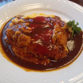 ふんわりオムライス(スープ・サラダ付き) (手づくり洋食  サルデーレ)