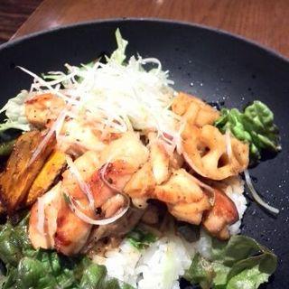 鶏と野菜の山椒焼き丼セット(花旬庵 大井町店 (カシュンテイ))