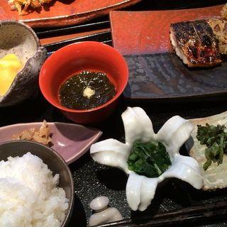 ランチ(焼き魚と天ぷら)(いまここ )