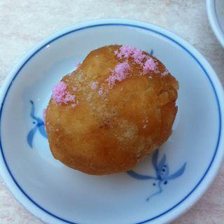 揚げ餅(東華菜館 本店 (トウカサイカン))