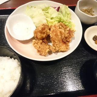 若鶏の唐揚げ定食(三間堂 横浜ベイクォーター店 (さんげんどう))