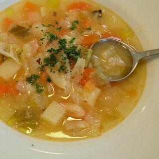 スープ(グラン プリエ (Grand Plie))