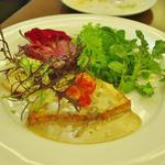 築地で買い付け鮮魚のポワレ イタリア産ポルチーニ茸の白ワインソース