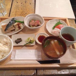 さば塩焼き定食(A to Z cafe (エートゥゼットカフェ))