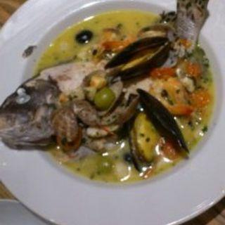鮮魚のアクアパッツァ(バルザル)
