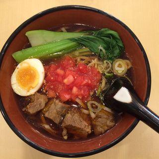 トマト牛肉麺(三商巧福 赤坂店 (サンショウコウフク))