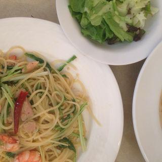 海老とツナと水菜のペペロンチーノ(スパザウルス)