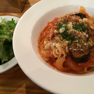 茄子とツナのトマトスパゲッティ(Planet-3rd 高円寺店)