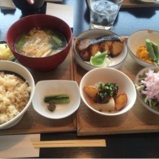 ご飯と味噌汁のセット(酢重ダイニング 渋谷ヒカリエ店 )