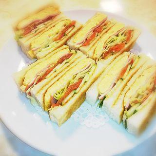 スペシャル サンドウイィッチ (トースト)(はまの屋パーラー)