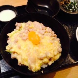 親子丼(博多もつ鍋 蟻月 恵比寿)