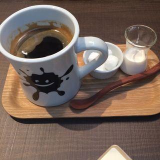 ロングブラック(メロウ ブラウン コーヒー 自由が丘本店 (MELLOW BROWN COFFEE))