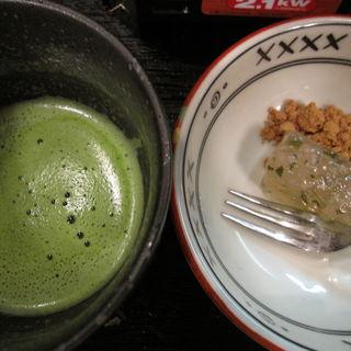 わらびもちと抹茶のセット(美登幸 )