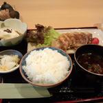 岩中豚バラ肉黒酢生姜焼き定食(ランチ)