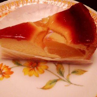 アップルチーズケーキ(鳥羽国際ホテル カフェラウンジ)