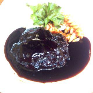 黒毛和牛ハンバーグステーキ(バルタパス (BARTAPAS))