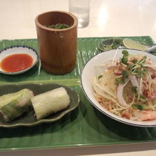 スペシャルフォーセット(前菜)(ベトナム料理店CHAU (チャウ))