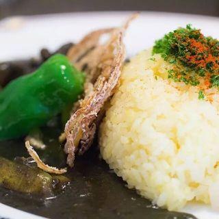 たっぷり季節の野菜カレー(黒)(GiGi)
