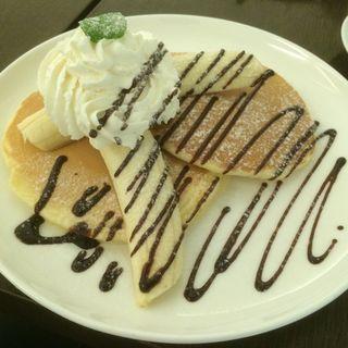 チョコバナナパンケーキ(ドウジマカフェ (DOJIMA CAFE))