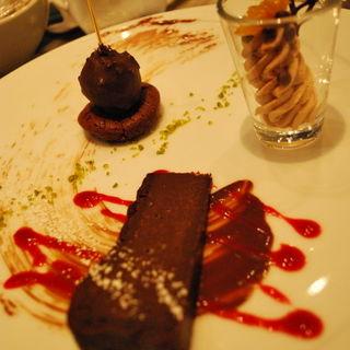ブラック、ミルク、ホワイトチョコのドルチェ(セストセンソ 新宿タカシマヤ店 )