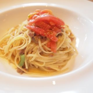 リングイネ(子羊すね肉の白ワイン煮込みソース ハーブが香るトマトとともに)(セストセンソ 新宿タカシマヤ店 )