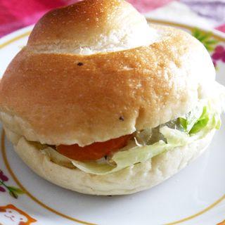 ベーグルのサーモンチーズサンド(サンモリッツ)