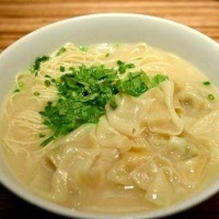 ワンタン麺(パラダイスダイナシティ)